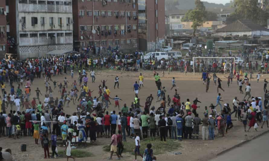 COVID-19 drives Zimbabwe's pros to unofficial football matches – 'No play, no pay'
