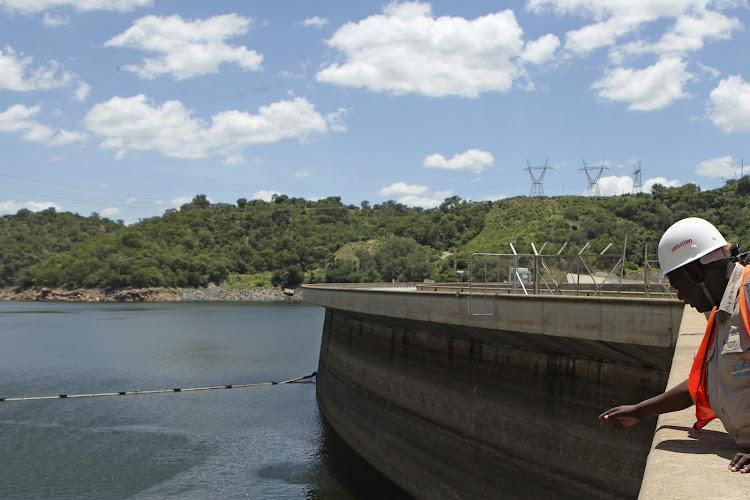 Zimbabwe electricity utility company ZESA to cut power by 8 hours a day amid shortage